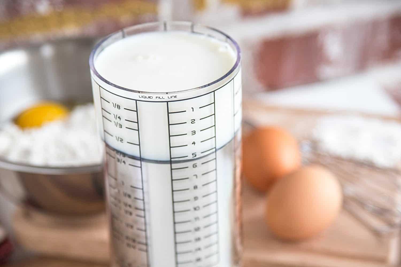 Adjustable Measuring Cup