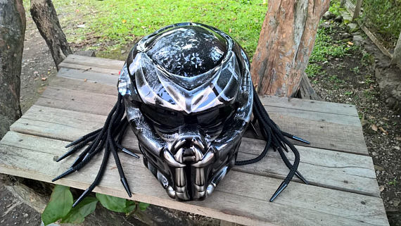 The 13 Coolest Motorcycle Helmets You Can Wear To Show Off