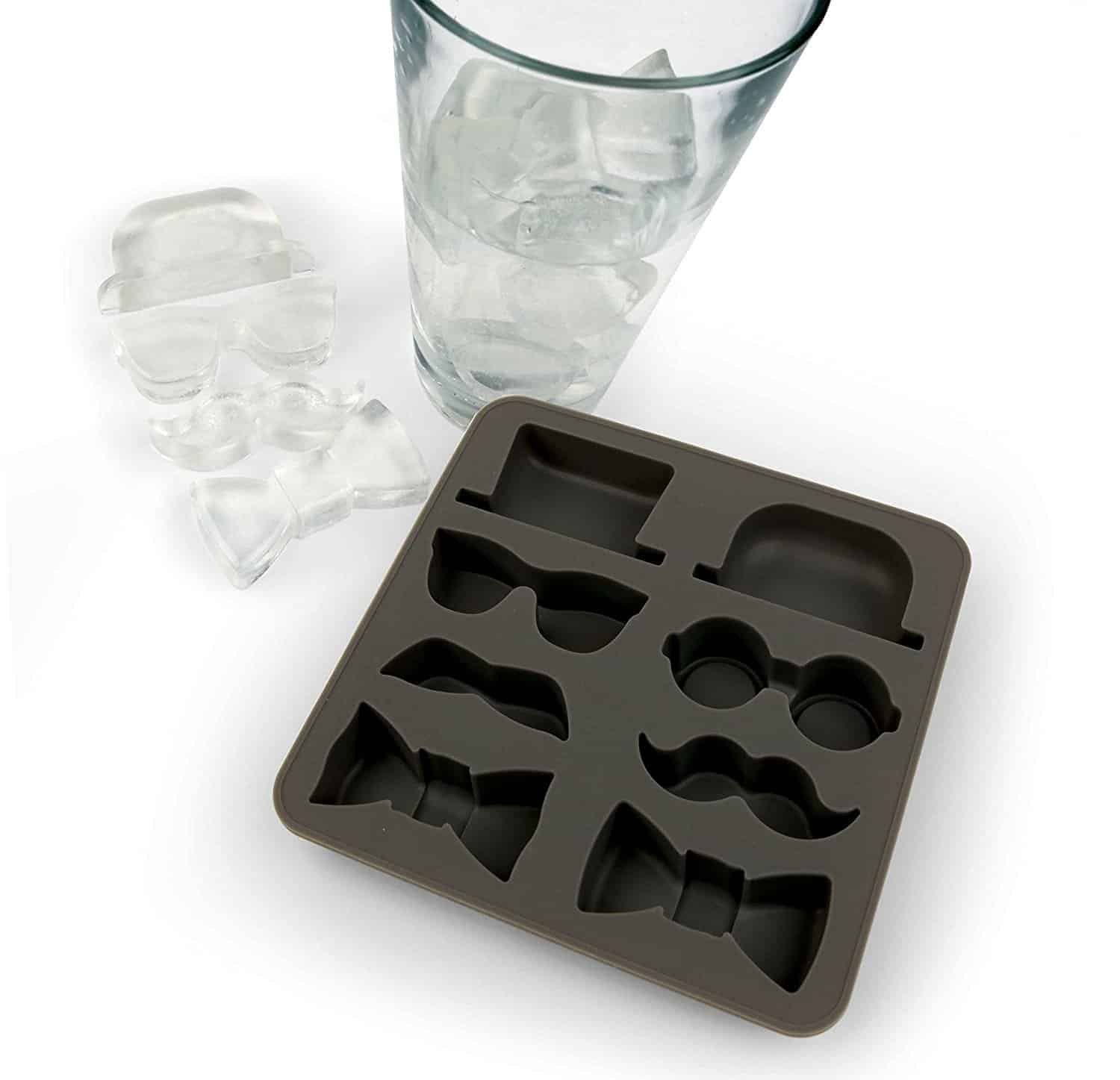 22 Unique And Creative Ice Cube Trays You Can Buy This Summer 16