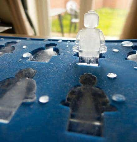 22 Unique And Creative Ice Cube Trays You Can Buy This Summer 13
