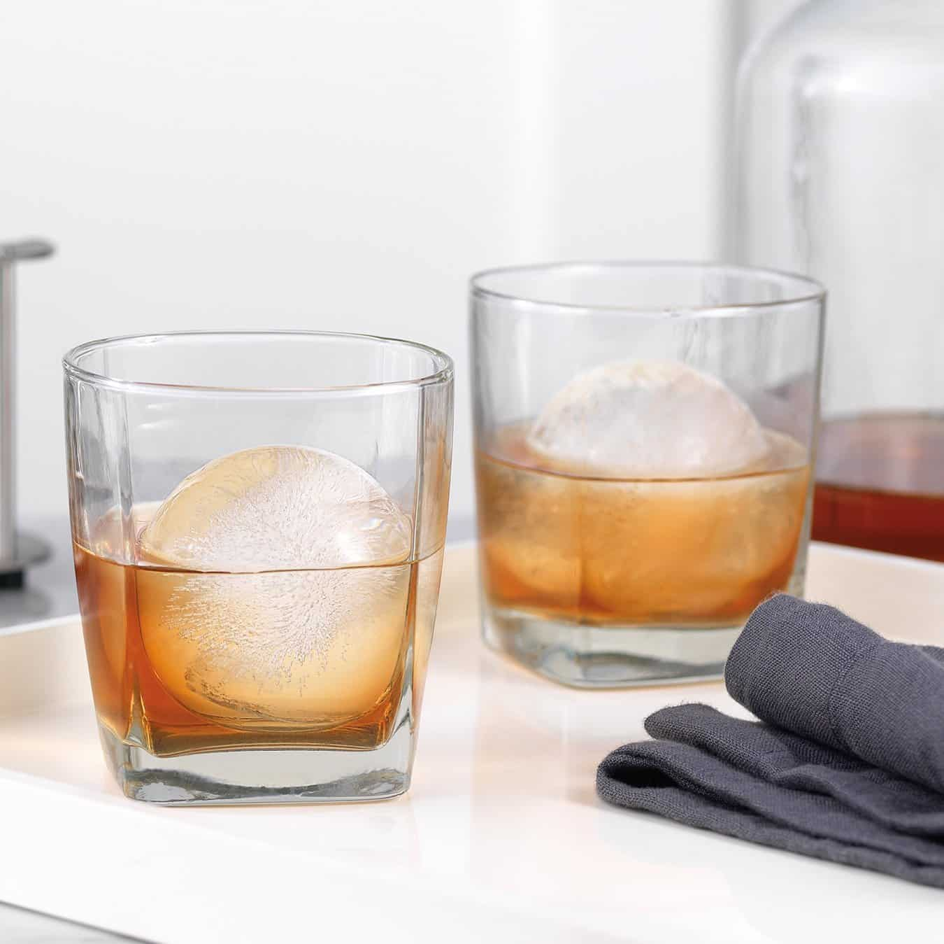 22 Unique And Creative Ice Cube Trays You Can Buy This Summer 20