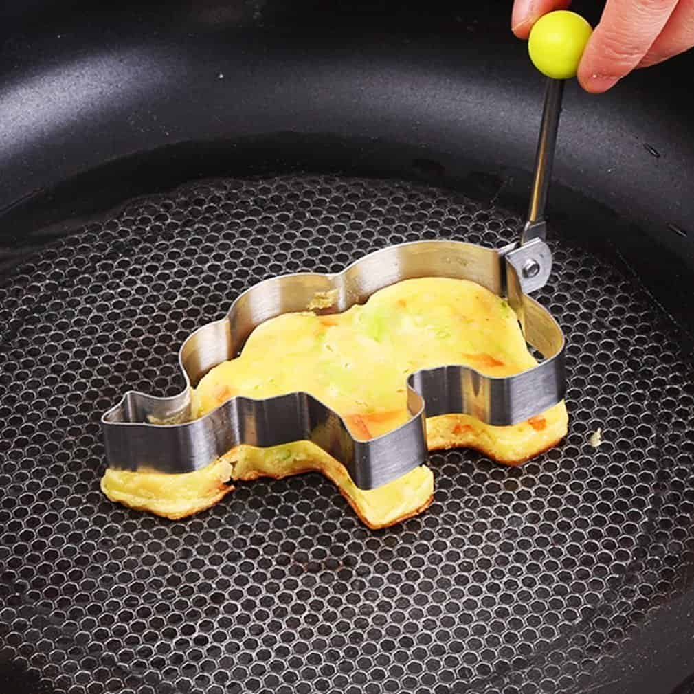 13 Most Creative Egg Molds For Fried And Boiled Eggs To Make Breakfast More Fun 4