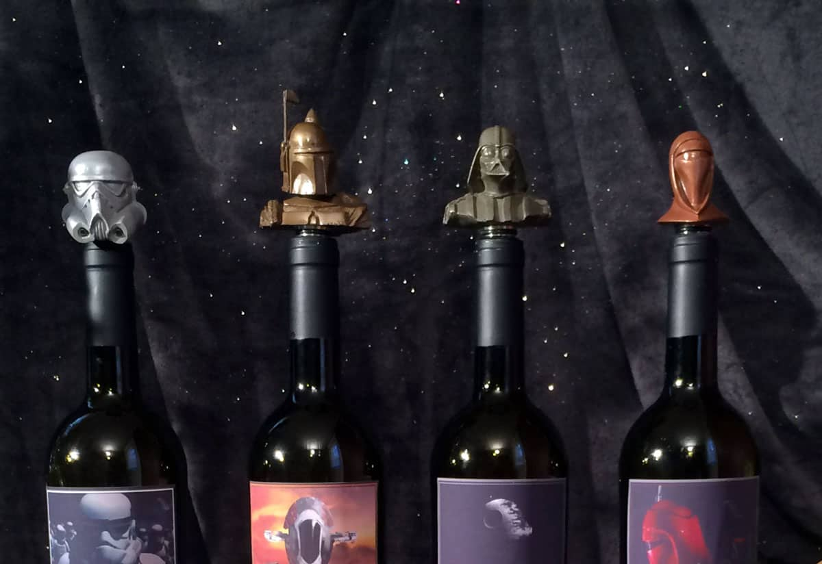 Unique Wine Stoppers To Preserve Your Best Bottles On This Holiday Season 36