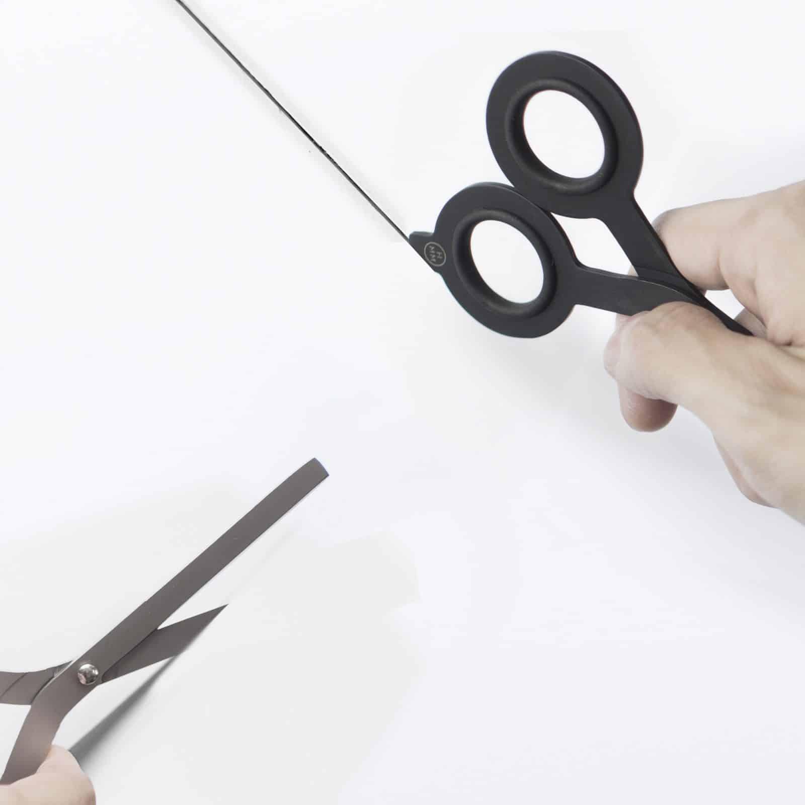 Standing Scissor