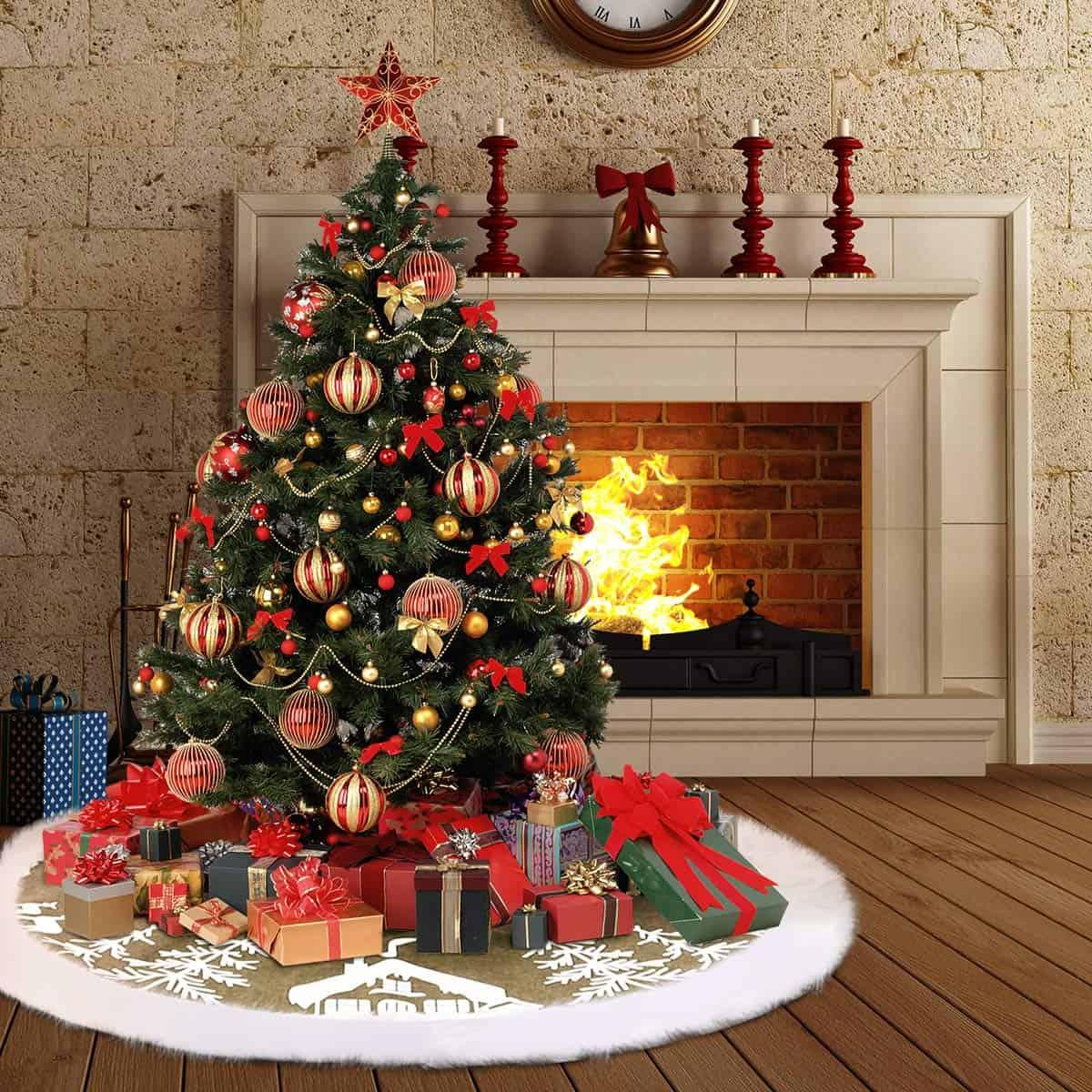 Christmas Themed Tree Skirt