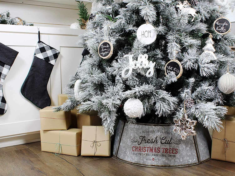 Metal Christmas Tree Collar