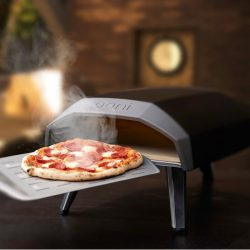 Gas-Powered Outdoor Pizza Oven